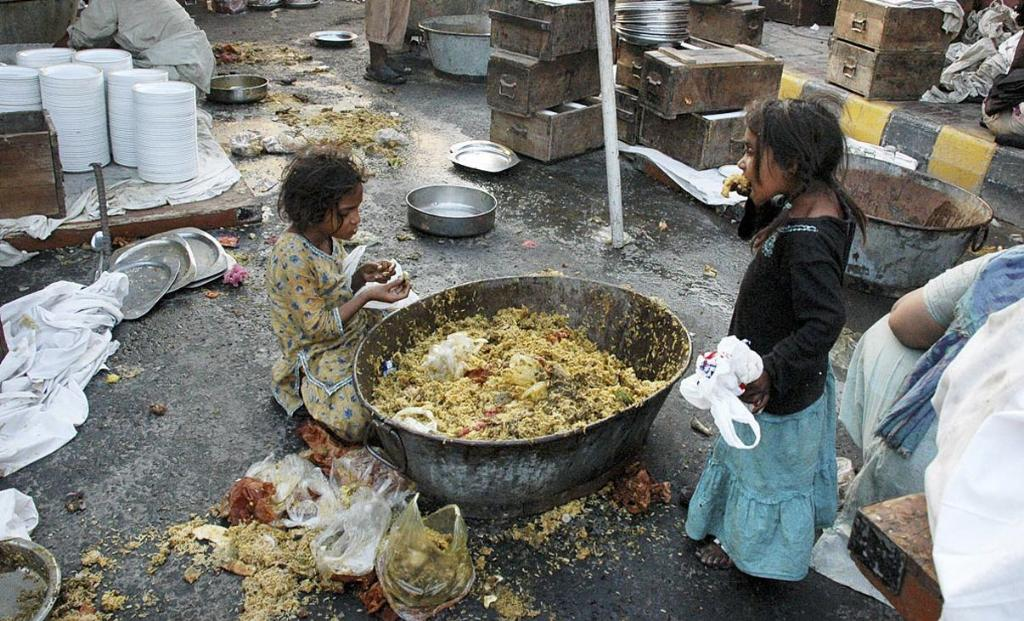essay on poverty in sri lanka My country sri lanka essays on poverty dodano 19122017, kategoria: bez kategorii, tagi: how to write literature review in dissertation quizlet.