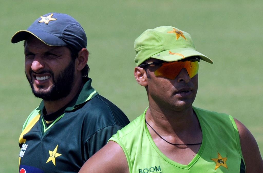 Shoaib Akhtar and Shahid Afridi Training For Semi Final Against India